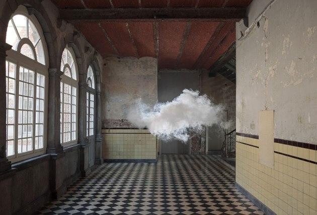 indoor-clouds-berndnaut-smilde-4